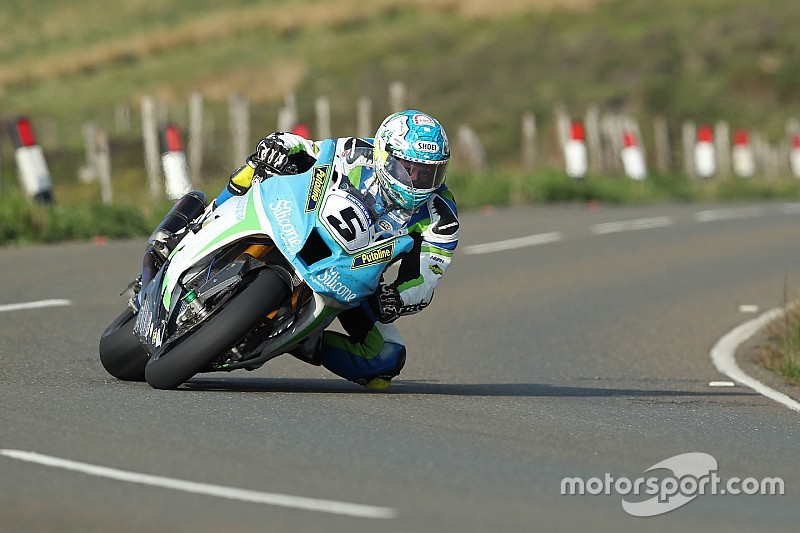 Isle of Man TT: Harrison smashes 17-minute Superbike barrier