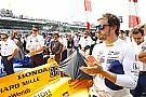"""Alonso """"Formula 1'in küçük dünyasından"""" fazlasını görüyor"""