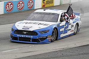 NASCAR in Martinsville: Brad Keselowski dominiert