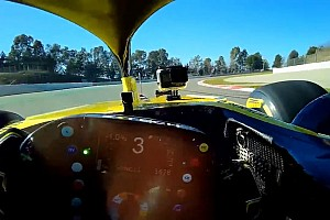 Video: Ricciardo'nun Renault ile ilk turu