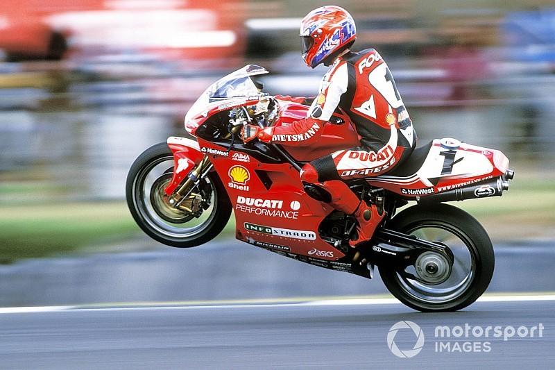 Carl Fogarty exklusiv (3/6): Die Ducati V4R weckt Erinnerungen an die 916