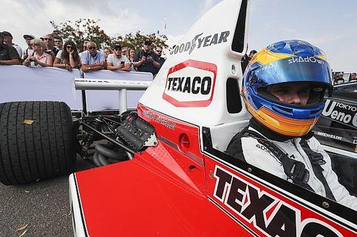 """Van Buren over optreden met McLaren M23: """"Verschrikkelijk gaaf"""""""