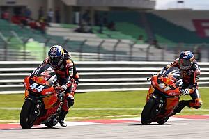 Moto2 Verslag vrije training KTM zet dominantie voort in eerste training GP Valencia: Oliveira aan kop