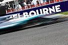 Hamilton egy hajszállal Verstappen előtt a második edzésen: Räikkönen 4.