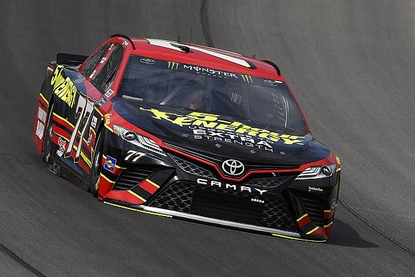 El novato Erik Jones logra su primera pole en la NASCAR Cup