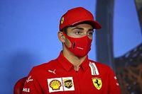 La FIA advierte a Leclerc por saltarse el protocolo de COVID-19; a Bottas, no