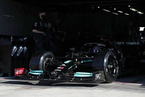 Hamilton a Imola: 55 giri con le gomme Pirelli da 18 pollici