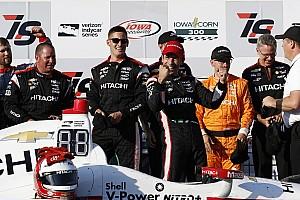 IndyCar Gara Helio Castroneves rompe il digiuno di successi trionfando in Iowa