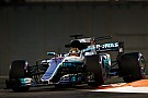 Formule 1 Hamilton snelste op eerste dag in Abu Dhabi, Verstappen blijft steken op P6