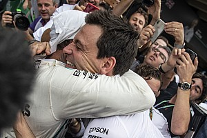 A Ferrari legnagyobb rekordját állíthatja be a Mercedes az F1-ben