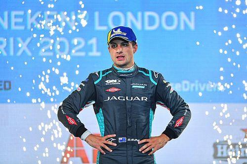 Evans zostaje w Jaguarze