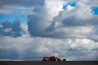 Weerbericht F1 GP van Portugal: Zonnige start, zondag nog onzeker