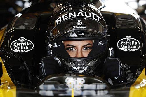 وللمرأة دورها في رياضة السيارات في المملكة العربية السعودية