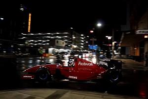 VIDEO: Konvoi malam mobil F1 di jalan raya