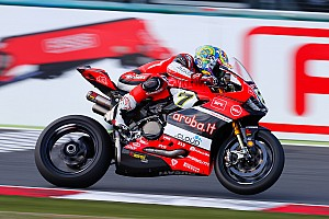 World Superbike Race report Magny-Cours WSBK: Tyre gamble delivers Davies victory