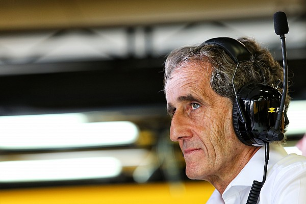 Alain Prost se disculpa con Max Verstappen por fallas de Renault
