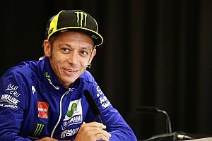 MotoGP dokter staat versteld van herstel Rossi