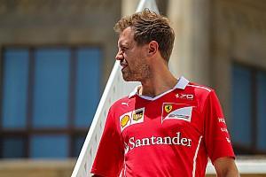 Stop/Go Livefeed Vettel kétszer is belement Hamiltonba: egyszer szándékosan...