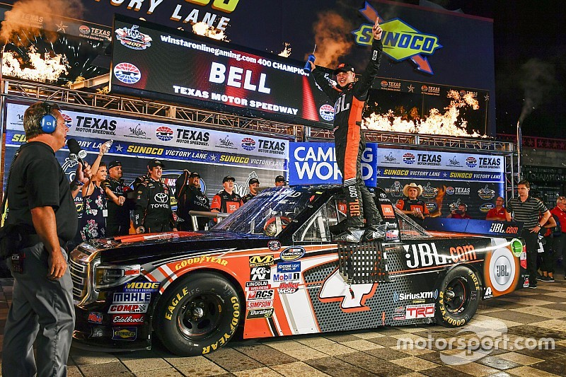 Bell edges Briscoe as race finishes under caution