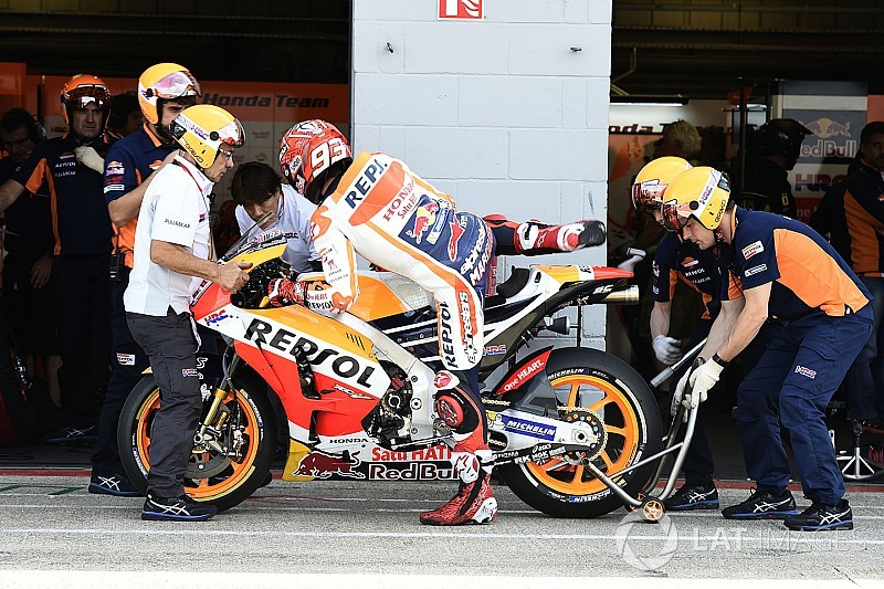 Marquez dan bencana kegagalan mesin Honda