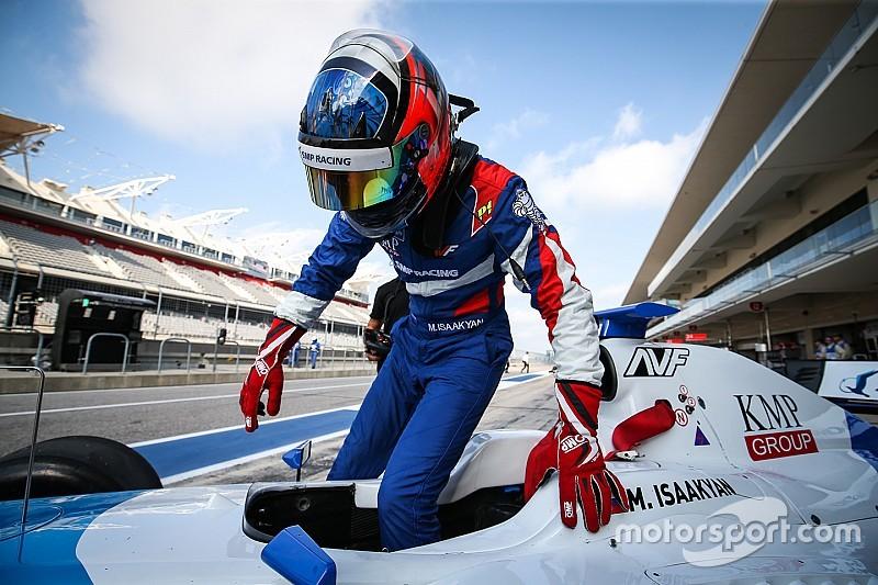 فورمولا 3.5: إسحاقيان يتفوق على فيتيبالدي ليحرز قطب الانطلاق الأول في البحرين