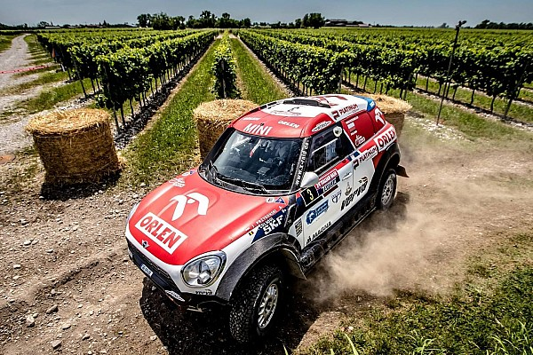Cross-Country Rally Reporte de la carrera Przygonski triunfa en la Baja Italia y el Acciona eléctrico fue 11º