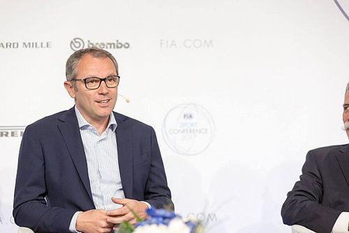 """F1 takım patronları """"iyi insan"""" Domenicali'yi CEO'luk için destekliyor"""