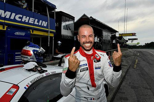 Makowiecki ganó la pole para Virginia