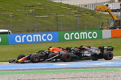 """Hamilton: """"İlk virajda Verstappen'e yeteri kadar alan vermeye çalıştım"""""""