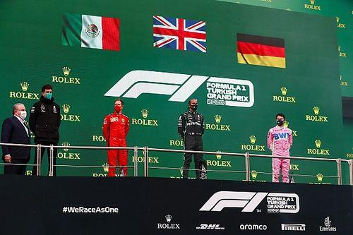 VIDEO: la confusión de las banderas entre Vettel y Pérez en el podio