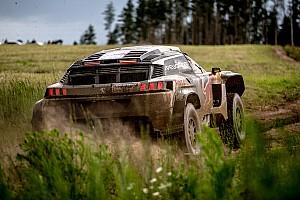 Rallye-Raid Rapport d'étape Étape 4/1 - Problèmes pour deux des trois Peugeot