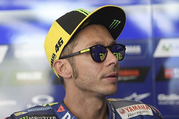 MotoGP Pensando ser fã, Rossi ignora ministra da República Tcheca