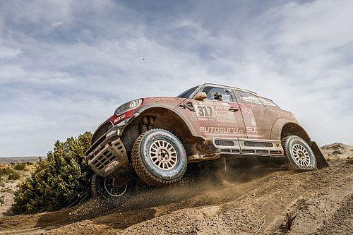 Baba Sainz, 2019 Dakar Rallisi için X-raid Mini takımına katıldı