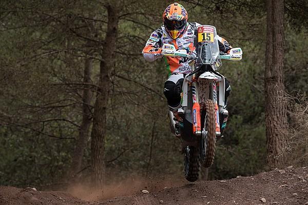 Sanz seharusnya beralih ke kategori mobil Dakar