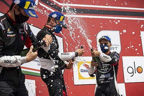 Carrera Cup Italia, Imola: benvenuti nel weekend più pazzo del mondo