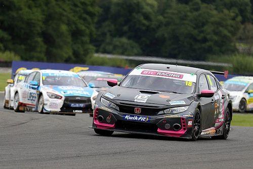Oulton Park BTCC: Proctor wins after Sutton collision