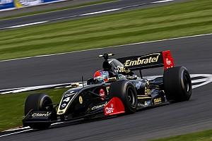 Формула V8 3.5 Отчет о гонке Фиттипальди выиграл первую гонку сезона V8 3.5, Оруджев второй
