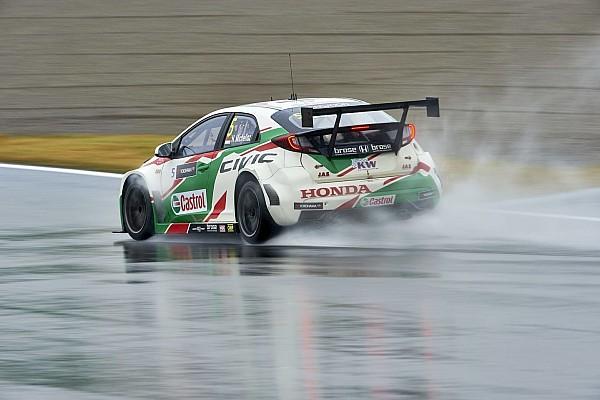 WTCC WTCC: Michelisz rajt-cél győzelmet aratott Motegiben a biztonsági autó mögött