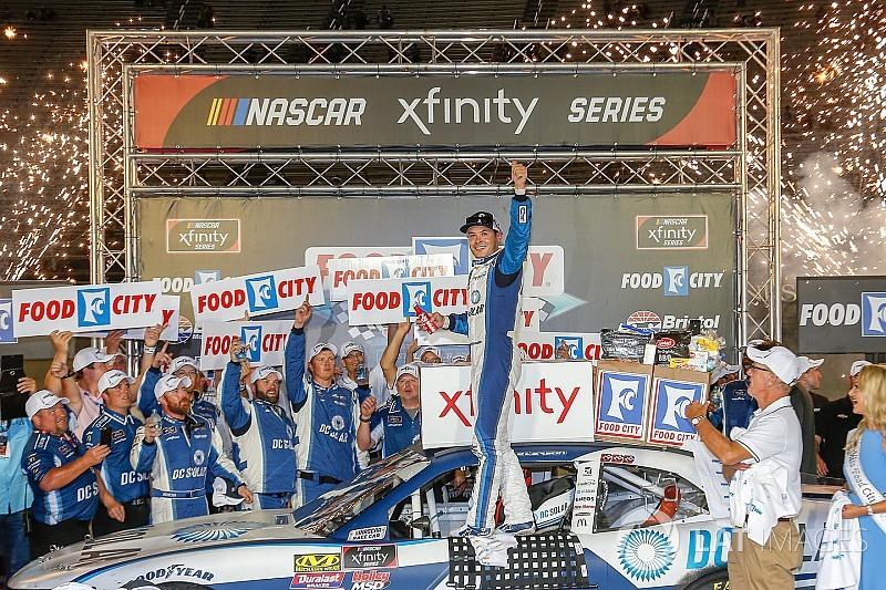 Kyle Larson snags Xfinity Series win at Bristol
