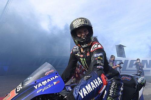 """MotoGP: Quartararo está """"vivendo um sonho"""" após conquista do título"""