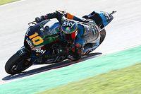 Marini verslaat Lowes en doet gouden zaak in Moto2-titelstrijd