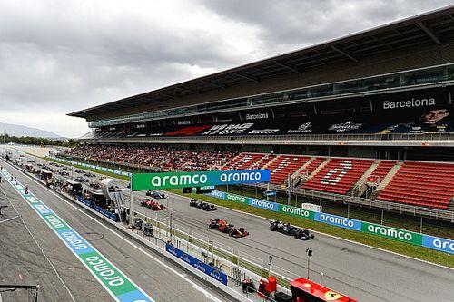 Videón Verstappen kemény előzése Hamilton ellen Spanyolországból!