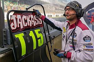 MotoGP Contenu spécial Mon job en MotoGP : panneauteur