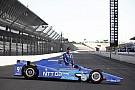 IndyCar Kirabolták Dixont, feleségét és korábbi csapattársát