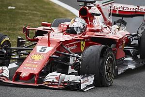 Формула 1 Новость Pirelli назвала причину проблем с шиной у Феттеля в Сильверстоуне