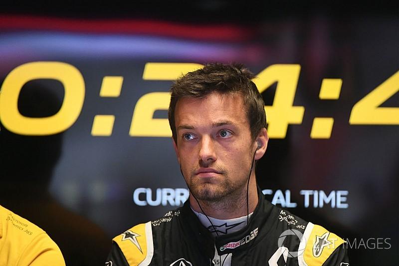 Palmer nem hajlandó átadni a helyét Sainz-nak: per lesz belőle?