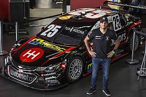 Stock Car Brasil Últimas notícias Tuka Rocha lança carro para temporada 2017 da Stock Car