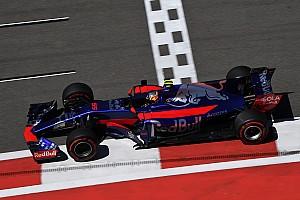 Формула 1 Новость Хэмилтон помешал Сайнсу во втором сегменте квалификации