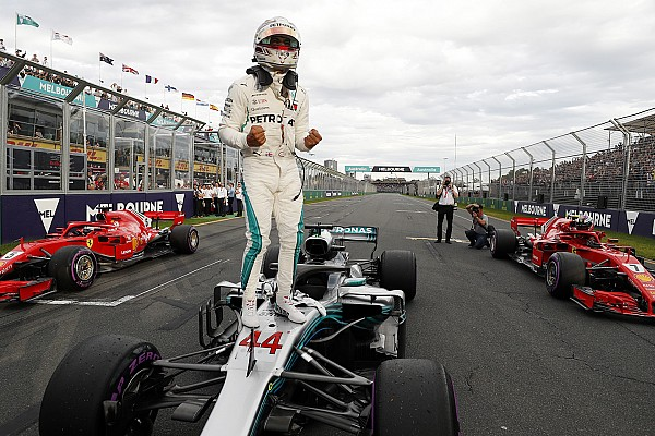 Formula 1 Qualifying report Australian GP: Hamilton storms to pole as Bottas crashes