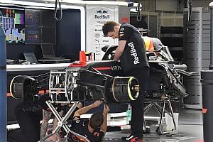 Forma-1 Motorsport.com hírek Verstappen autójában sebességváltót cseréltek Kínában